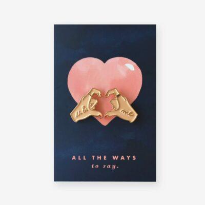 "Pin ""Hands of Love"""