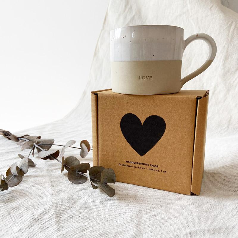 Tasse Love mit Karton